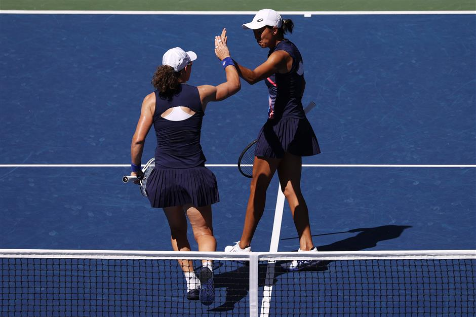 China's Zhang partners with Stosur to reach US Open women's doubles final
