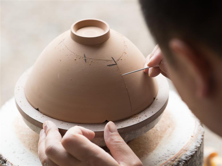 Museum showcases classic porcelain styles
