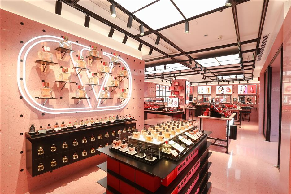 Valentino Beauty adds a touch of Rome style to the city's new store