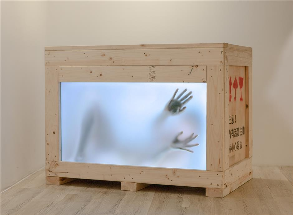 Machines and handicrafts in artistic form