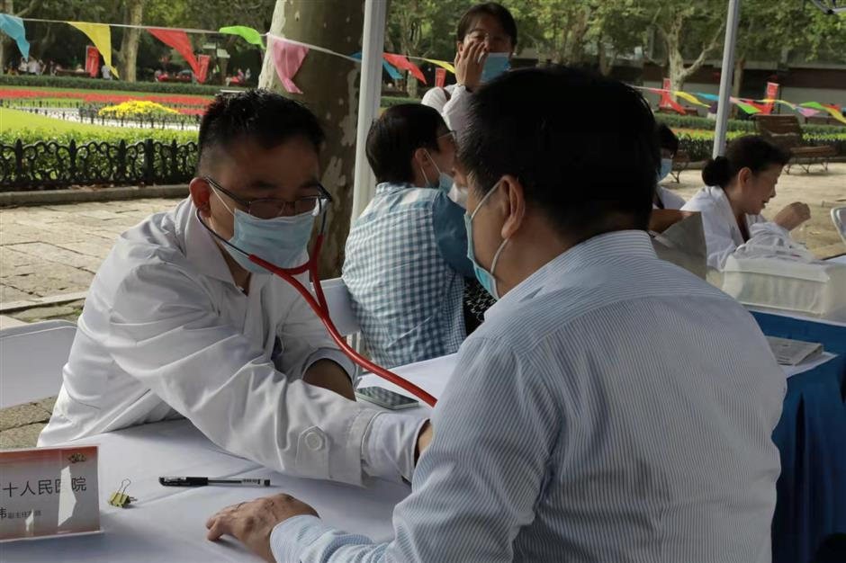 Medical experts step up care for elderly on the seniors' day